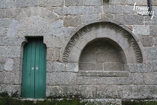 Medieval details on the stone