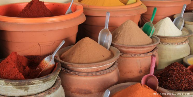 Travel to Tunisia spices and food